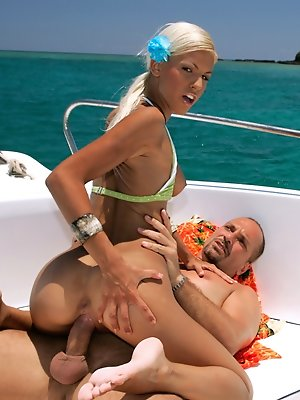 Boroka Balls gets hard fucked on a speedboat