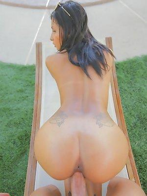 Latina Jade Jantzen oiled-up for poolside sex